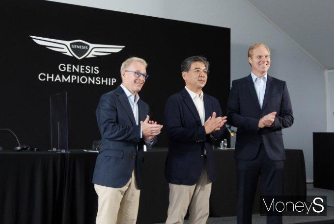 제네시스브랜드가 내년부터 스코티시 오픈 후원을 공식 발표했다. (왼쪽부터) 키스 펠리 PGA 유러피언투어 CEO, 장재훈 제네시스 브랜드 사장, 크리스찬 하디 PGA 수석 부사장. /사진=박찬규 기자