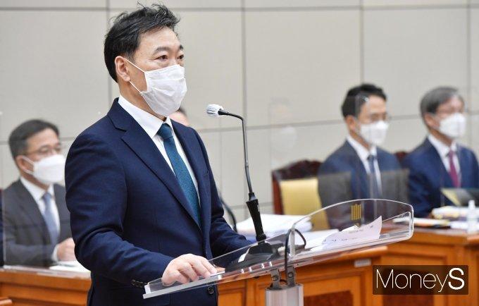 """[머니S포토] 2021 국감 김오수 """"검찰, 개정된 형사사법 시스템 안착에 주력"""""""