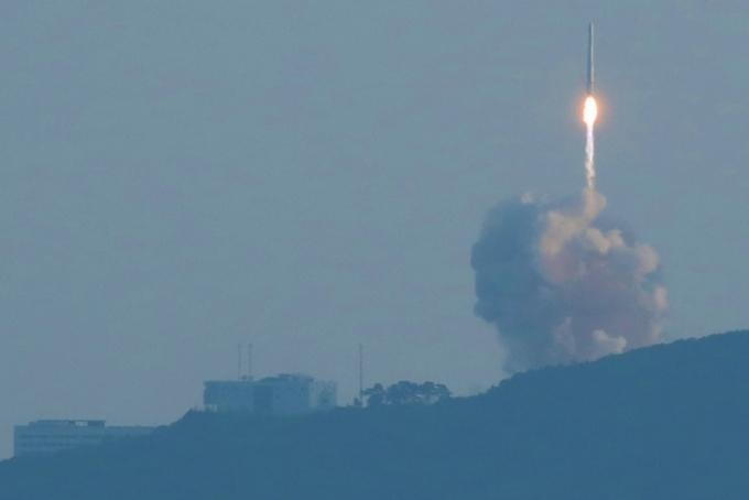 누리호 '절반의 성공'… 궤도 안착엔 실패, 향후 일정은?