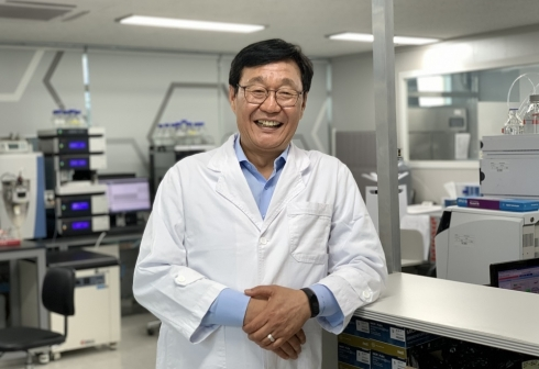 [단독] 화이자도 실패한 '치매 약' 한국기업이 성공 앞뒀다