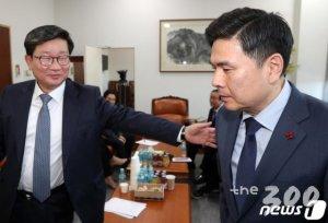 """바른미래당 비당권파 """"여야 4+1 협의체…직권남용 고발 검토"""""""