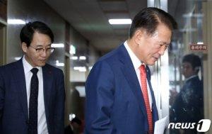 與 ,오후 6시 본회의 개최해 선거법 상정…한국당에 통보