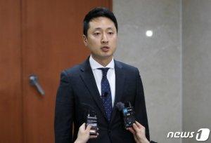 '정의당 탈당' 임한솔이 폭로한 전두환의 골프실력