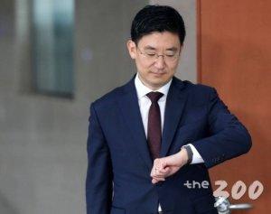 """한국당, 읍참마속의 칼 뽑았다…공관위원에 """"당 해체"""" 김세연"""