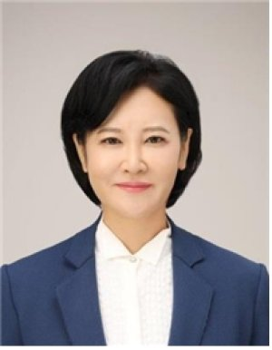 민주당, '사법농단' 피해자 이수진 전 판사 영입