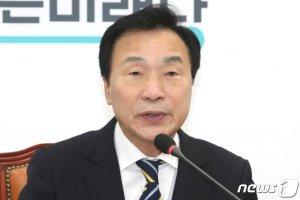"""손학규, '민주통합당' 합의문 추인 보류…""""다음 최고위서 논의"""""""