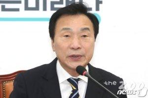 [단독]'손학규 사퇴 거부'에 바른미래당 연쇄 탈당 돌입