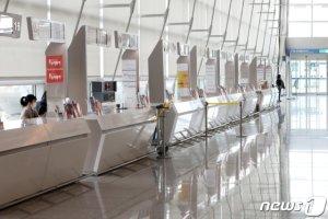 홍콩·모리셔스도 입국금지… 韓 방문자 막는 국가 급증