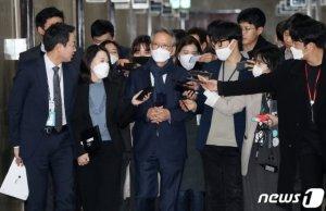 """김형오, 안철수 '마이웨이'로 판단?…""""연락 안올것같다"""""""
