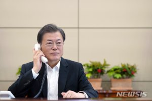 긴급재난지원금 논의 3차비상경제회의, 오늘 문 대통령이 주재