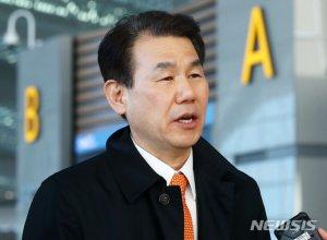 """韓 근로자 결국 무급휴직…""""방위비, 조만간 최종 타결 기대""""(상보)"""
