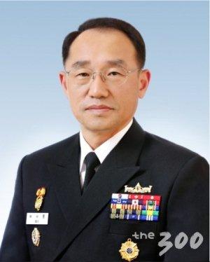 신임 해군참모총장에 부석종 중장 발탁…첫 제주출신