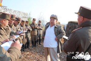 김정은, 北 최고인민회의 목전 포사격 훈련지도