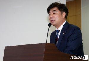 """與 """"일 안하는 국회의원 해임도 가능""""…탄력받는 국민소환제"""