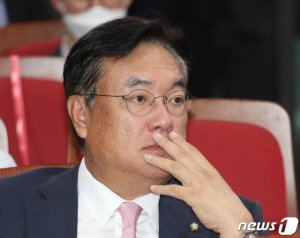 """정진석 """"'4대강사업' 마쳤으면 '물난리' 적었을 것"""""""