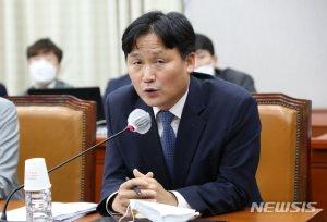 """김영진 """"여야 '태양광 관련 국조' 논의? 전혀 없었다"""""""