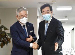 """이낙연 추월 이재명 """"지지율? 도민 삶 외 신경쓸 겨를 없다"""""""
