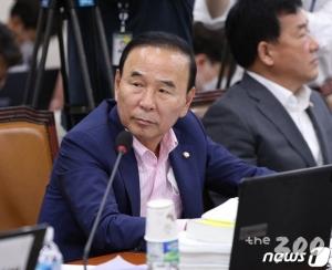 '수주 의혹' 박덕흠, 내일 기자회견