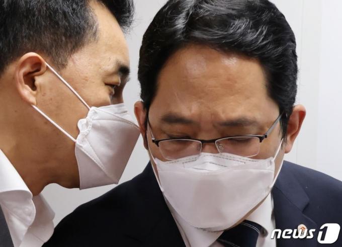 '의사 집단휴진' 최대집, 국정감사에 부른다