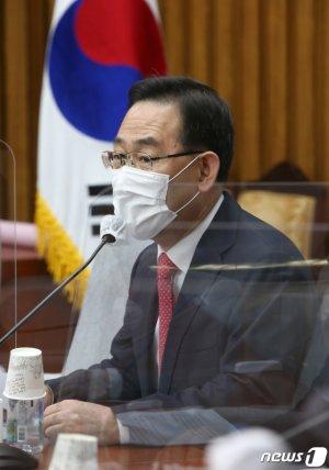 """주호영 """"이건희, 대한민국 경제의 거목…후대가 기억할 것"""""""