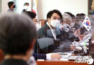 """17개 시도, 운동선수와 '갑질계약'…해임·징계 이의없이 감수"""""""