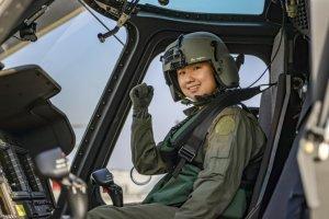 해병대,  65년만에 첫 여군 헬기 조종사 탄생