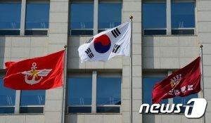 연천 집단감염 70명…軍 전 장병 휴가 잠정 중단