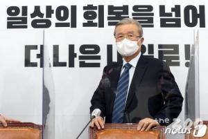 '안철수 패싱' 불사 김종인, 3자대결도 각오