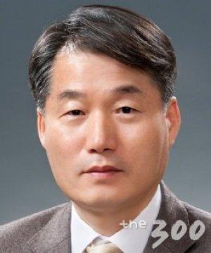文대통령, 국민경제자문회의 부의장에 이근 서울대 교수 내정