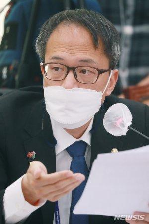 """박주민 서울시장 '불출마'…""""더 길고 담대하게 나가겠다"""""""
