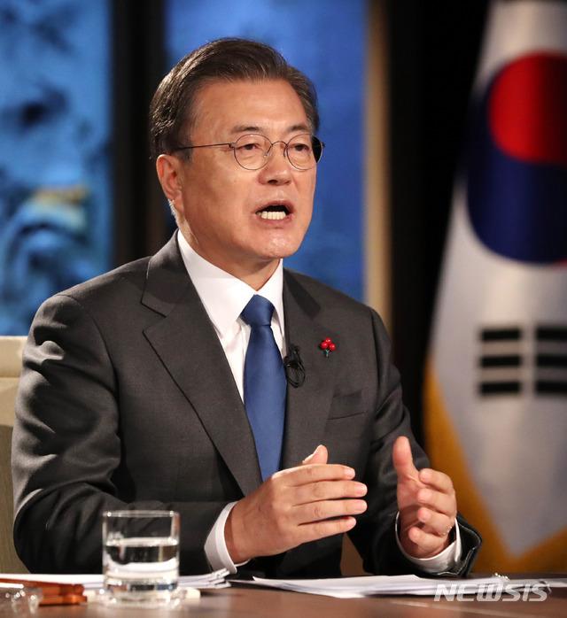 """[전문]文대통령 """"한국, 코로나속에 한번도 봉쇄한 적 없어…안정적 거래·투자처"""""""