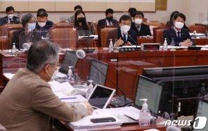 법사위 문턱 못넘은 '성폭력·강력범죄 의사 면허취소'