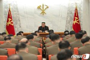 """김정은 '핵포기' 발언했다는데 왜 숨기나…軍 """"예의 주시중"""""""