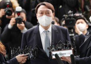 윤석열 '전격 사퇴'… 4·7 보선 계산기 두드리는 정치권