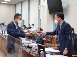 대기업 中企 기술탈취 '징벌적 손해배상법'…산자위 소위 통과
