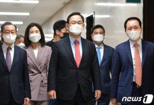 """주호영 """"울산시장 사건 용두사미… 배후 밝히려는 윤석열 핍박"""""""