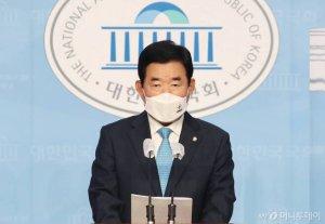與, 부동산특위 위원장에 '경제통' 김진표 내정