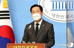"""국민의당 지역위 '알박기' 논란…이태규 """"모욕적, 소작농 다루나"""""""