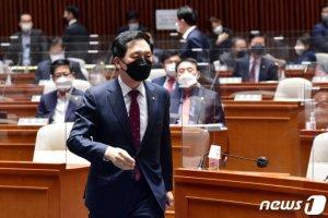 국민의힘, 김부겸 인준 표결 거부…본회의는 참석
