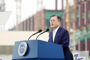 '1명 낙마' 선택한 文, 오늘 민주당 지도부 만나 허심탄회 대화