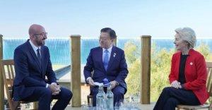 """文대통령 """"EU, 상호 호혜적 협력을 이룰 최적의 파트너"""""""