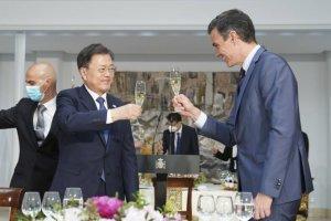"""文대통령, 스페인 총리와 회담…""""실질적 경제협력 강화"""""""
