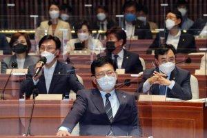 '與 경선 연기' 반대 55.8% vs 찬성 24%…지지층도 '반대' 우세