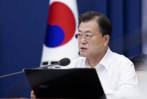 """13개월만에 복원된 南北통신선…""""하루속히 관계 진전"""""""