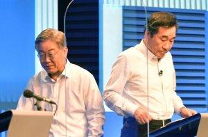 이재명의 '총리책임론'…중도층·친문에 보내는 메시지
