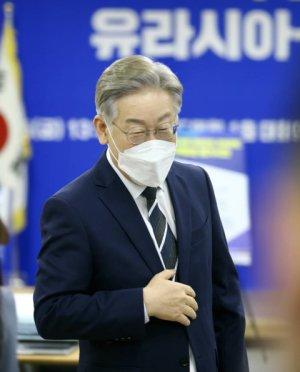 """이재명 """"토건기득권 '꼼수'…부동산개혁 '정수'로 받는다"""""""