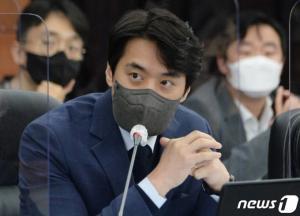 민주당, 윤리위에 김용판 징계 요구안 제출