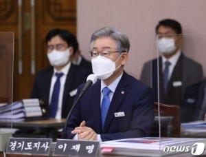 민주당, 윤석열 비위 폭로·이재명 후보 옹호 '투트랙' 총공세