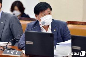 라이더 사망 '바로고' 대표, 다리수술 국감불참…국회, 법적대응
