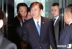 검찰, '논문·입시특혜 의혹' 조국 딸 비공개로 소환조사(종합)